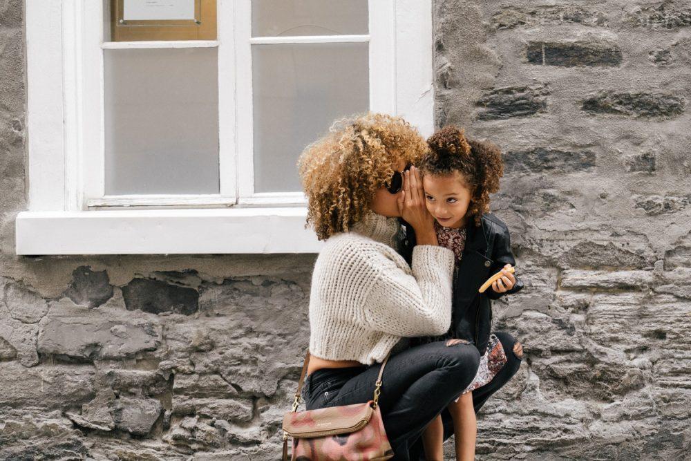 Être une mère célibataire est la chose la plus difficile, mais la plus valorisante que je n'aie jamais faite