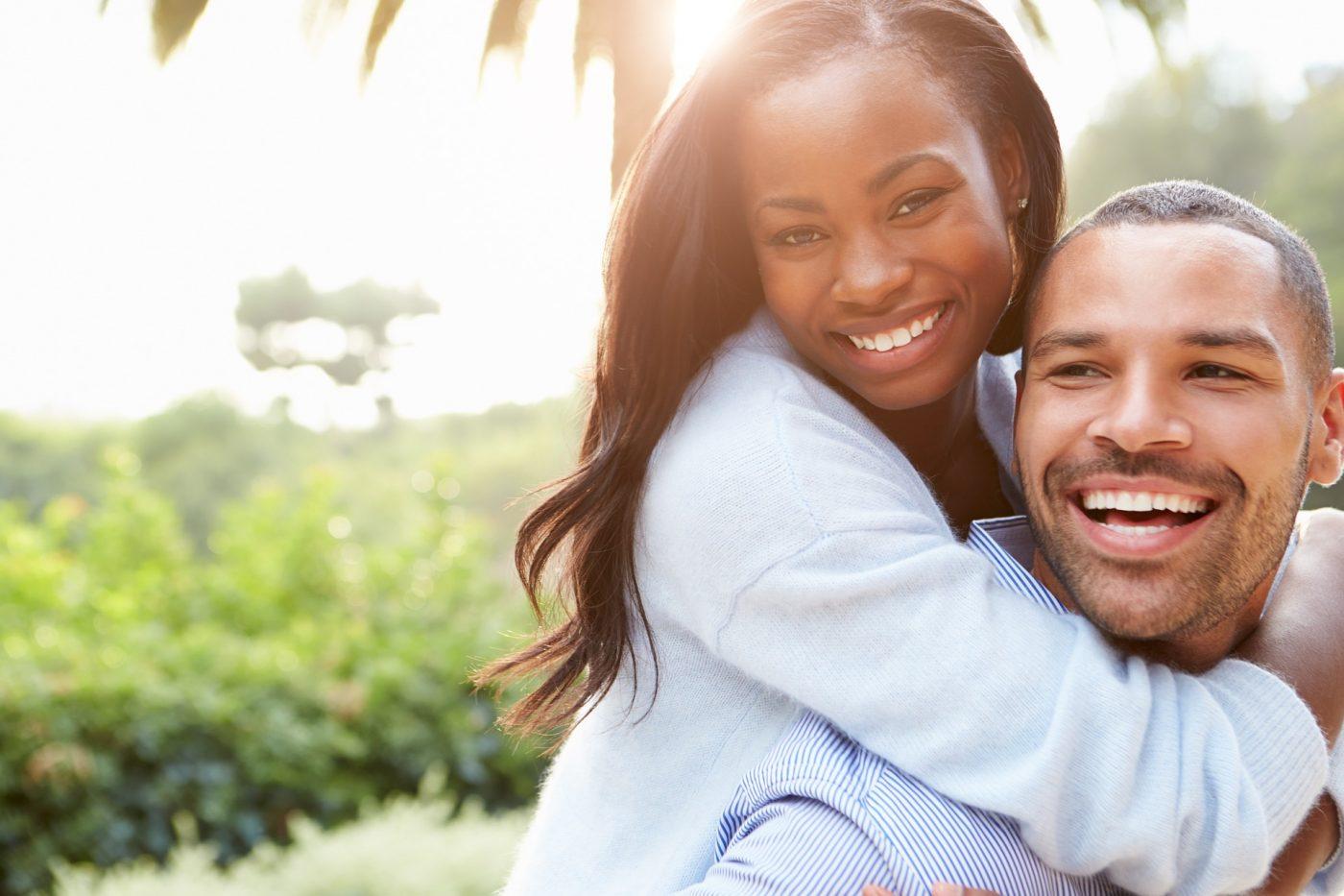 70 Textes mignons pour sa copine – faites-la sourire de bonheur !