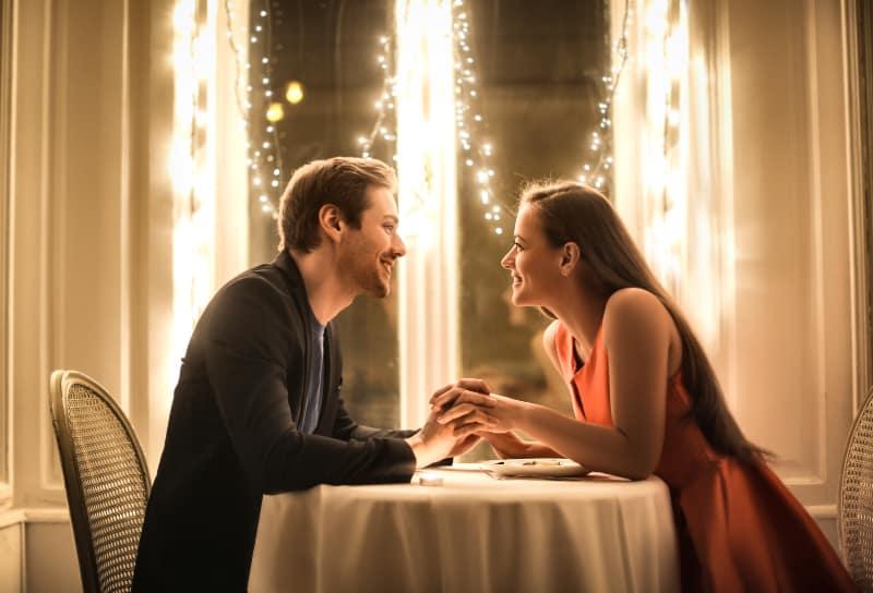 """Proverbes d'amour : les 50 plus belles citations pour lui dire """"Je t'aime"""""""