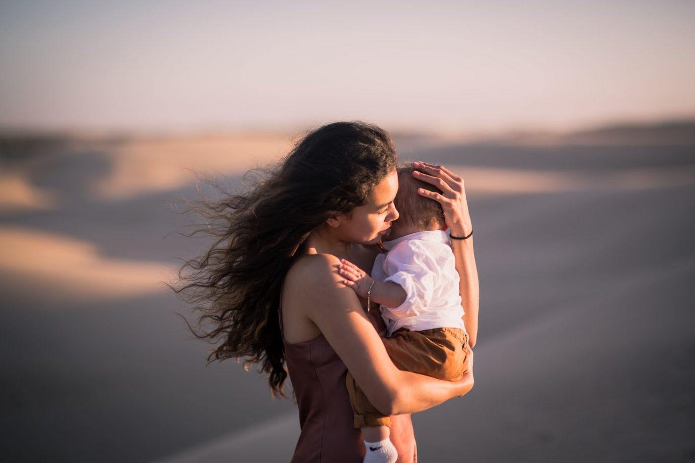 Ne t'inquiète pas de grandir sans un père : tu pourras toujours compter sur moi, ta maman