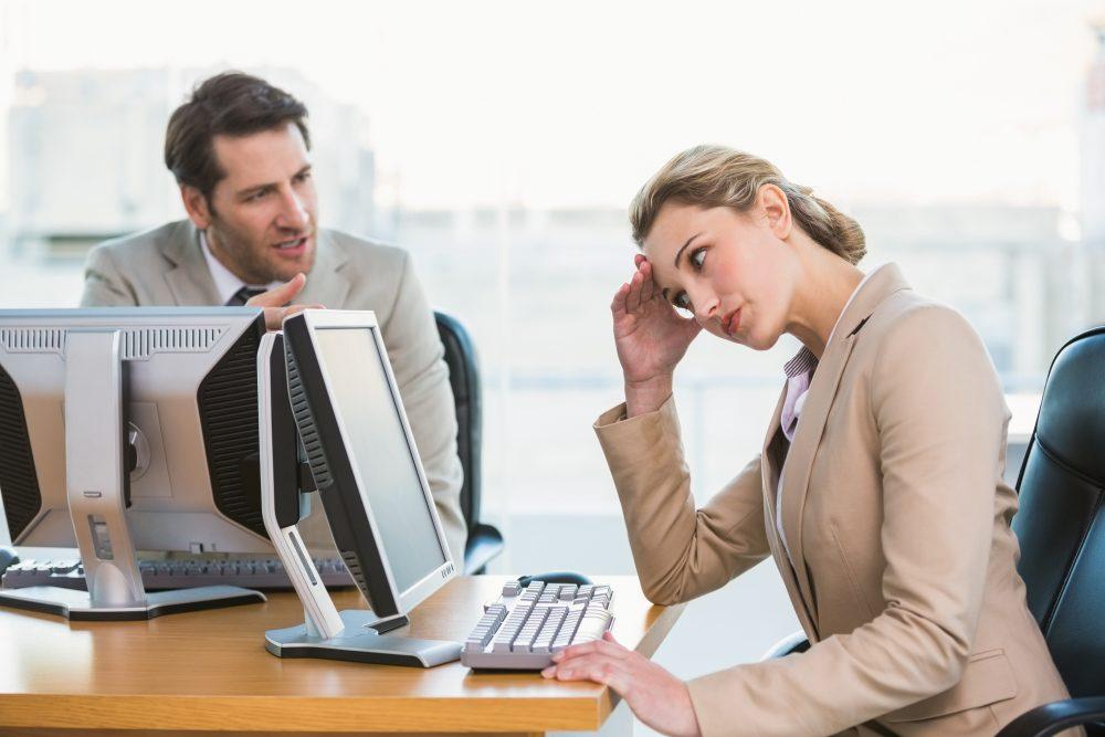 Comment ignorer un collègue toxique ? Voici 10 Stratégies qui marchent