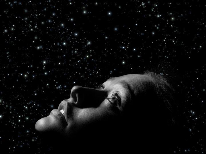 Voici les 7 Connexions cosmiques que vous allez faire au cours de votre vie