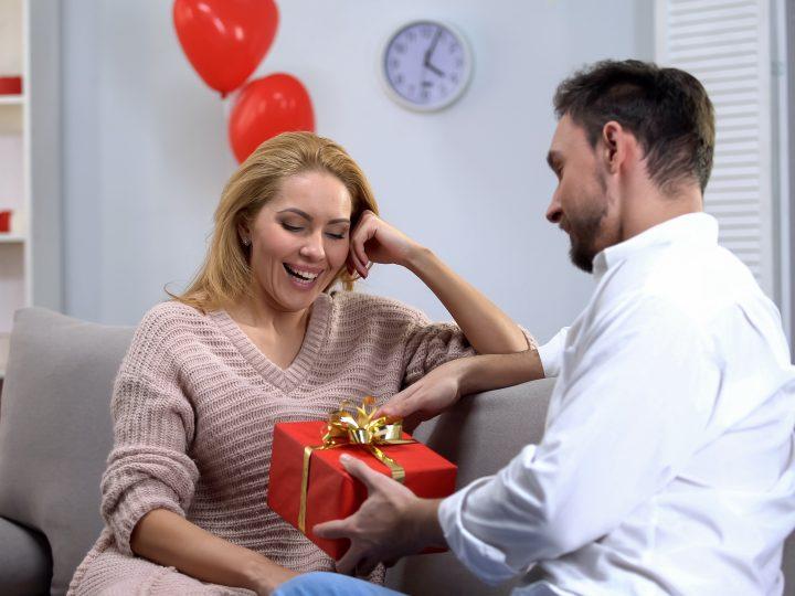 40 ans de mariage : les 15 Cadeaux parfaits pour les noces d'émeraude