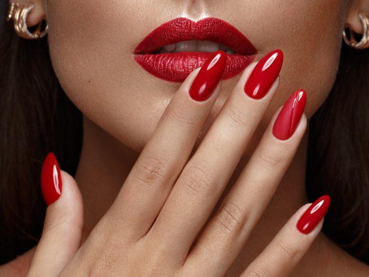 Vos ongles sont le reflet de votre santé, alors quand faut-il s'inquiéter ?