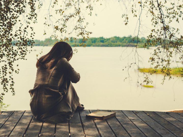 Vous ne méritez pas de vous sentir seule dans votre relation amoureuse