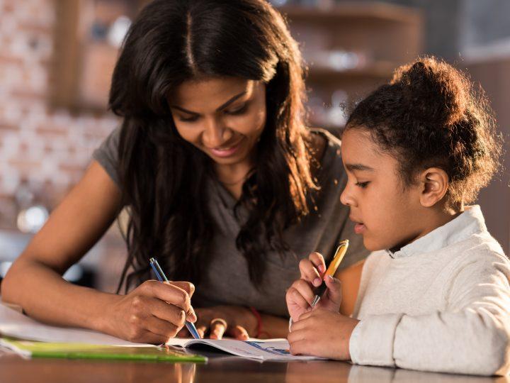 14 Conseils pour encourager votre enfant à faire ses devoirs seul
