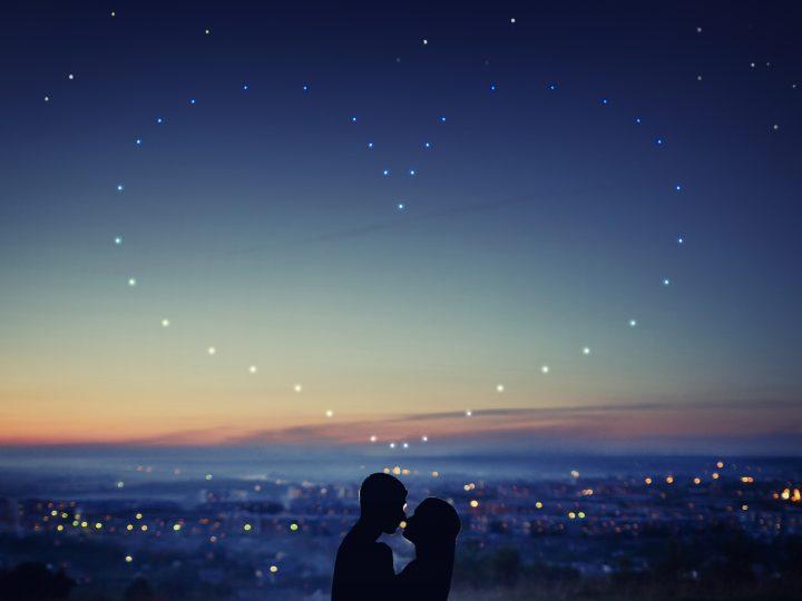 Selon votre signe, qu'est-ce qui vous attend du côté de l'amour en août 2021 ?
