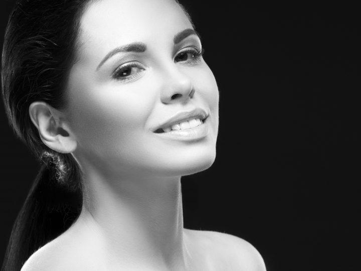 5 Caractéristiques des femmes qui sont plus heureuses seules qu'à deux