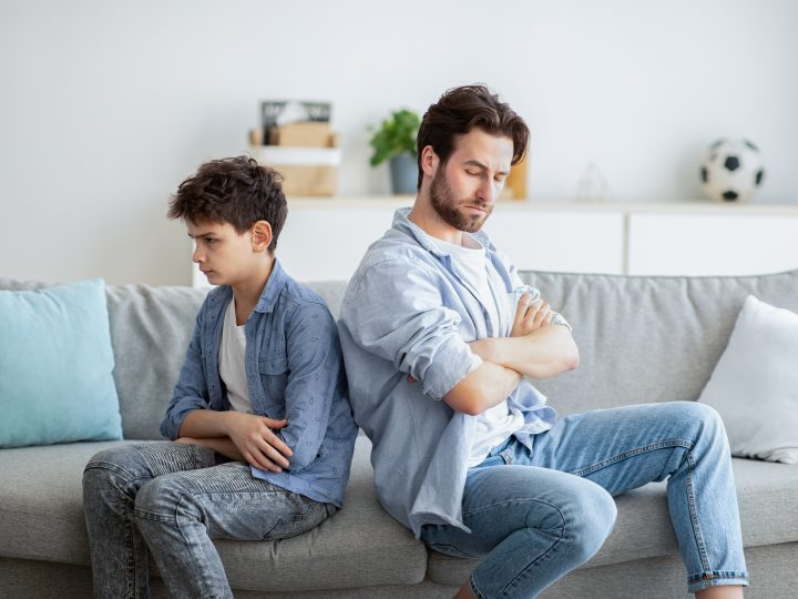 Comment se comporte un garçon à qui il manque l'attention paternelle ?
